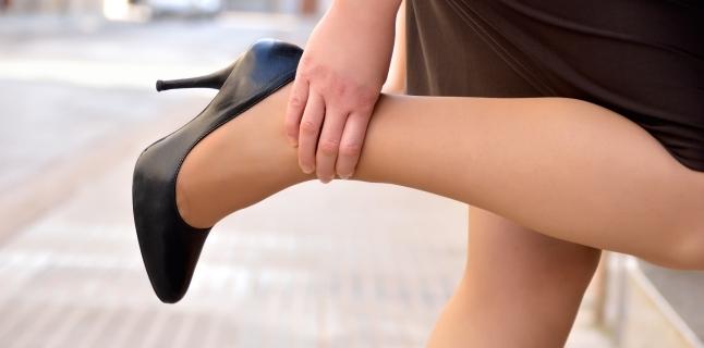 Cum de a elimina umflarea picioarelor după călătorie. După drum, picioarele au emis ce să facă