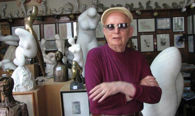 Ultima dorinta a lui Marcel Guguianu: Inima sa-i fie depusa intr-o sculptura  | Mobile