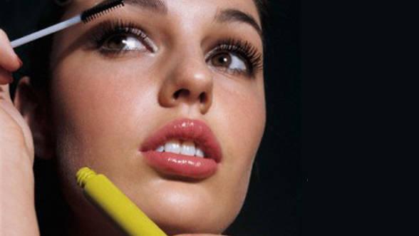 Machiajul Pentru Seara De Revelion Sfaturi De La Make Up Artisti