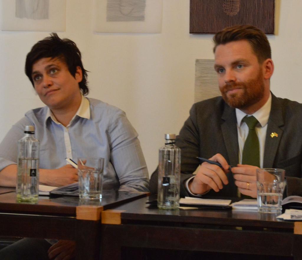 Ce cauta Biserica in discutia privind drepturile comunitatii gay? Interviu cu doi parlamentari din Scandinavia