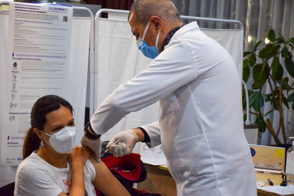 Aproape 120.000 de persoane vaccinate in ultimele 24 de ore. Cati au fost vaccinati pana acum de la inceputul campaniei